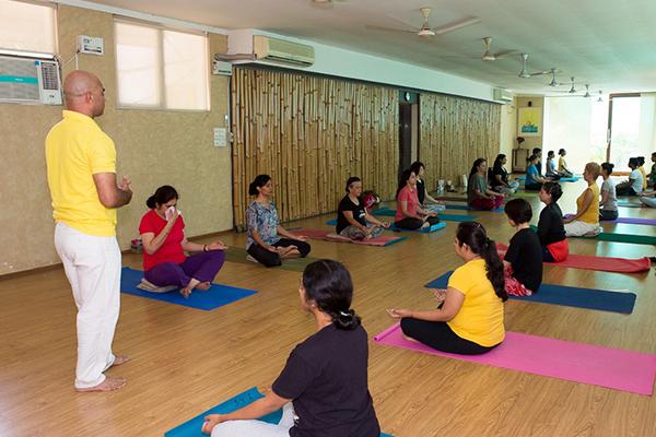 sivananda-delhi-centre-info-overview-3