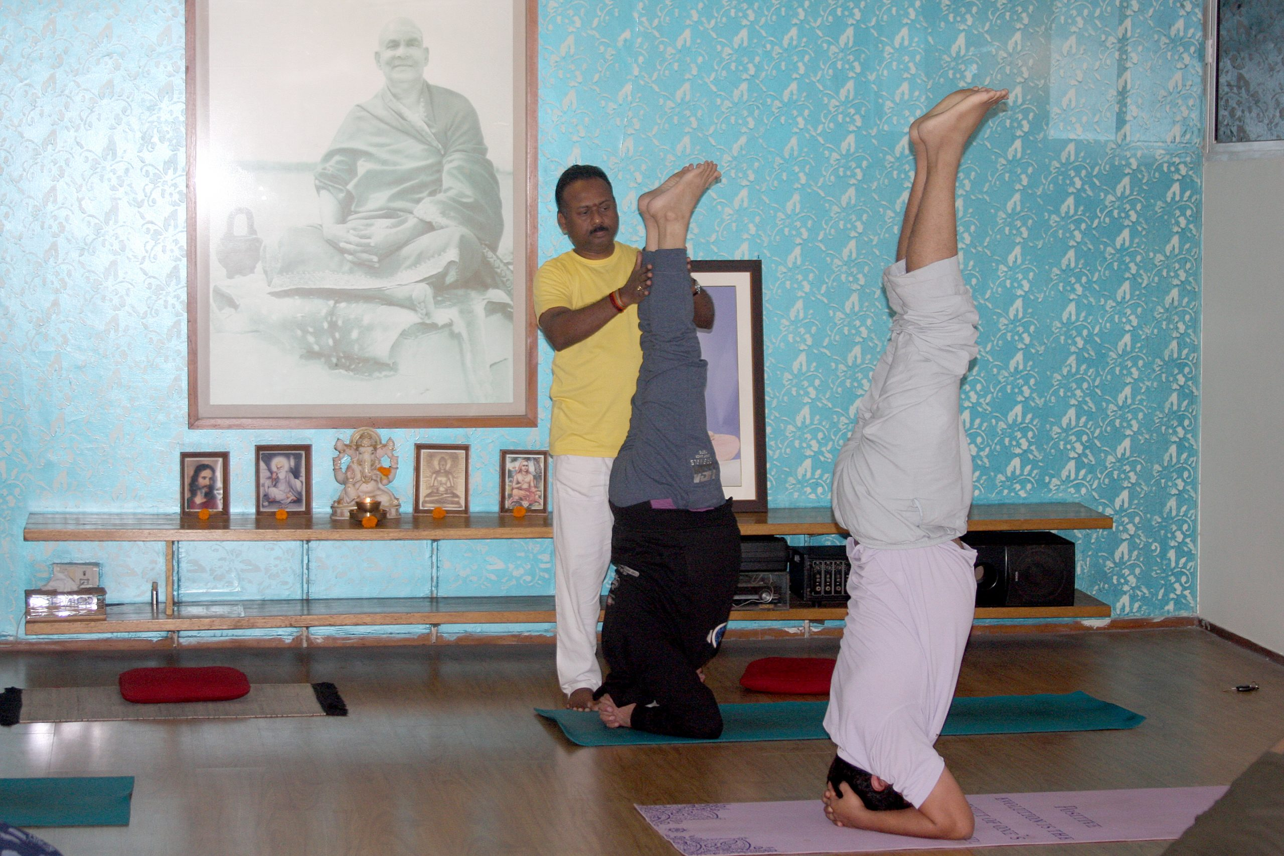 sivananda-delhi-headstand-workshop