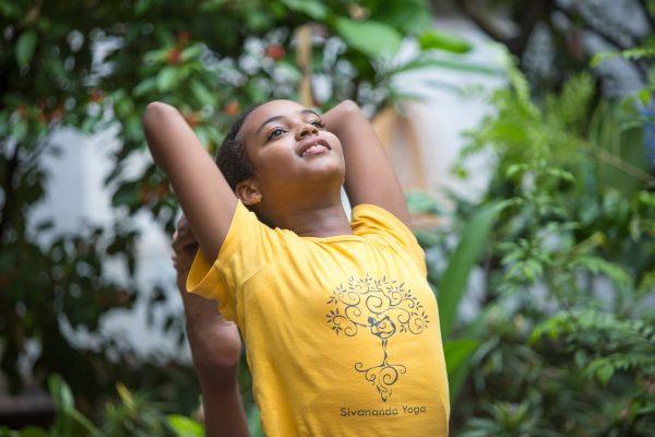 sivananda-delhi-kids-yoga-class