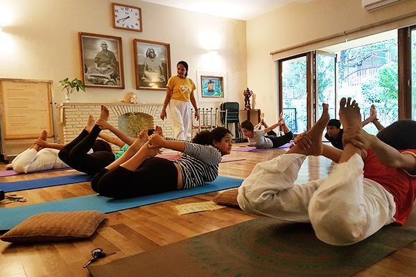 sivananda-delhi-open-class