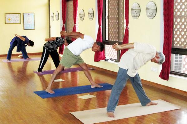 sivananda-dwarka-gentle-yoga-class