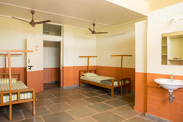 sivananda-madurai-ashram-information-accomodation-2