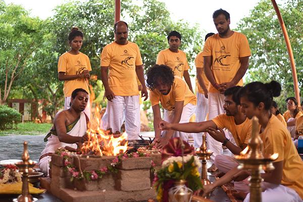 sivananda-madurai-sadhana-intensive-practical-information