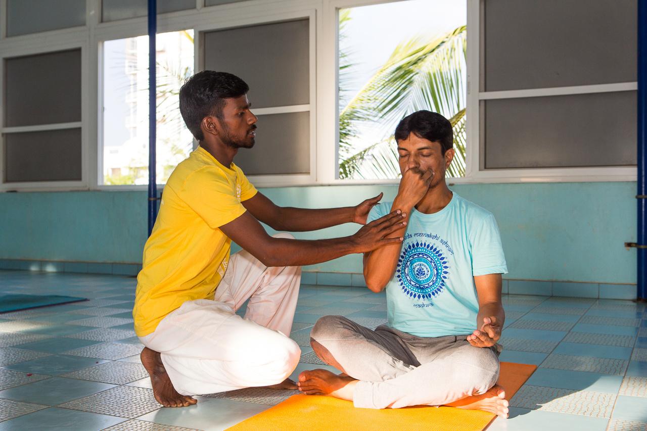 sivananda-maduraicentre-private-yoga-classes