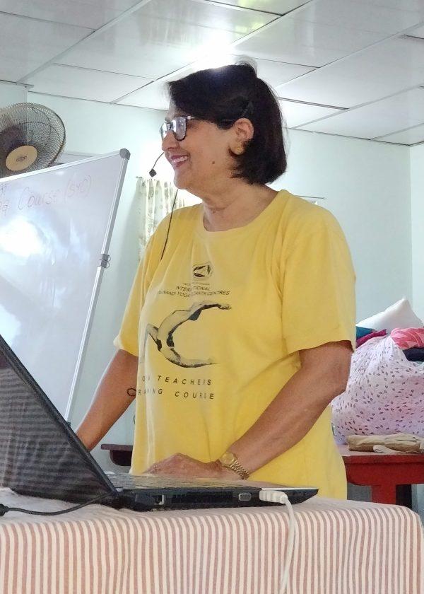 sivananda-neyyardam-senior-yoga-course-course-director