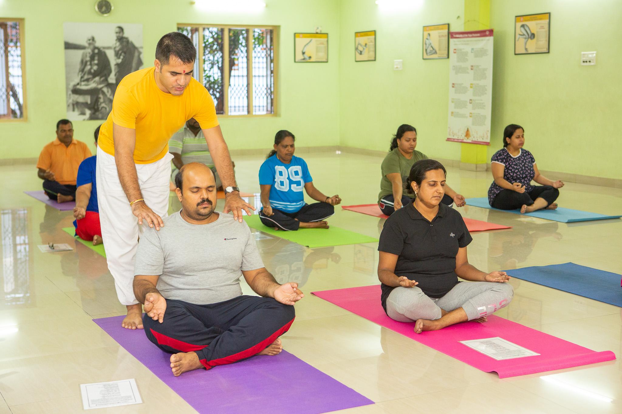 sivananda-trivandrum-beginners-course